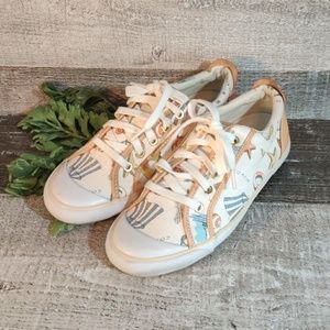 Coach beach beauty casual sneakers 8.5